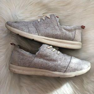 Rare Toms Women's Woven Del Ray Sherpa Sneakers